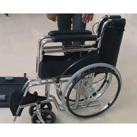 Manual Folding Commode Wheelchair With Hand Brakes
