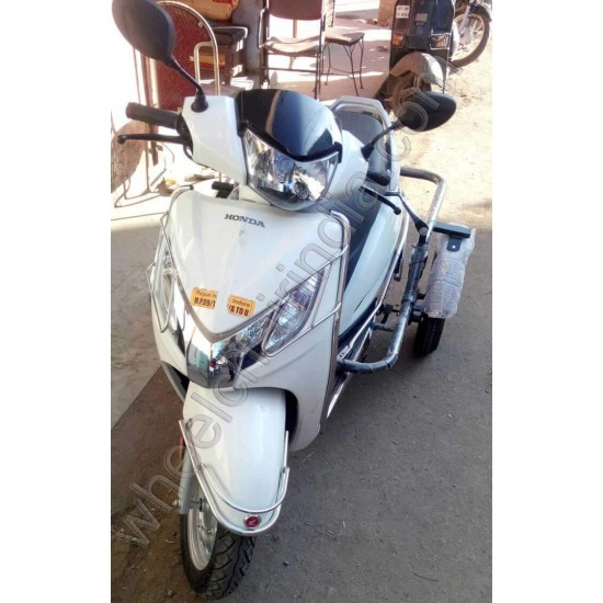 Handicapped Moped Side Wheel Attachment Kit For Honda Activa 125